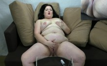 Sophia's First Porn Movie Dual Screen Squirting