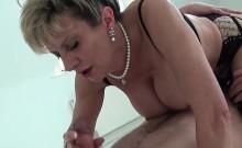 Unfaithful uk mature gill ellis flashes her huge boobies