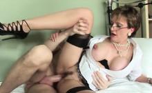 Adulterous british mature lady sonia exposes her big knocker