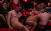 Swinger show busty wives fucked sucking in orgies