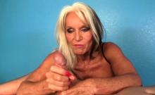 Gilf Masseuse Titfucks And Wanks Her Client
