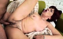 Granny Slut Gets Fingered