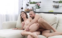 Doctor Sofy Soul Receives Anal And Facial From Patient
