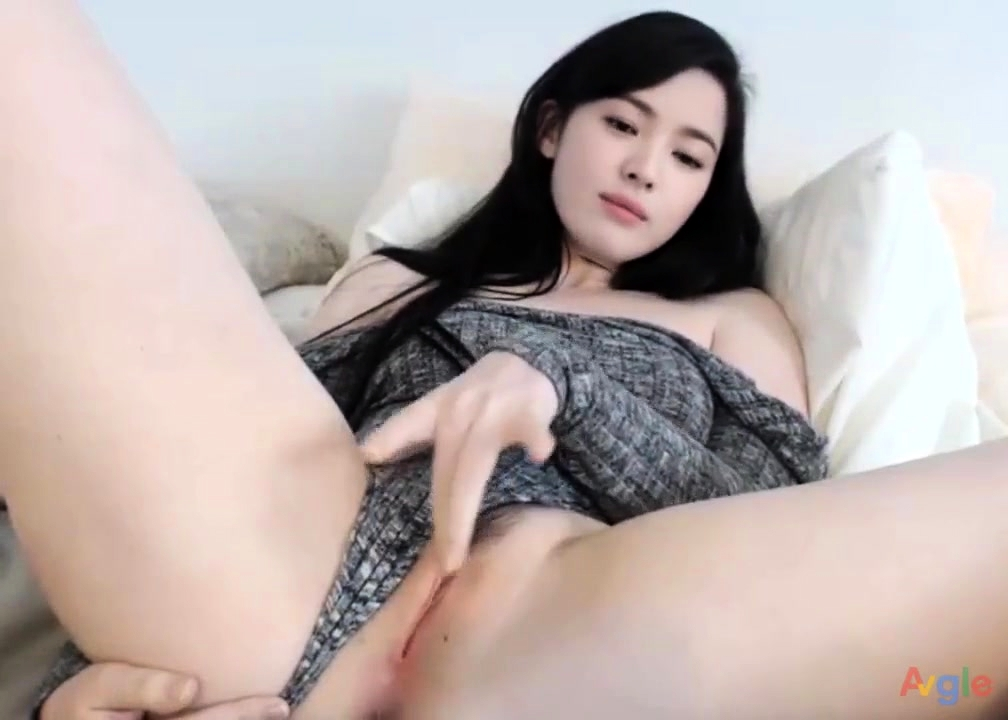 Xes girk korean funking in the farm video