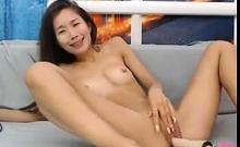 horny asian babe likes her fucking machine