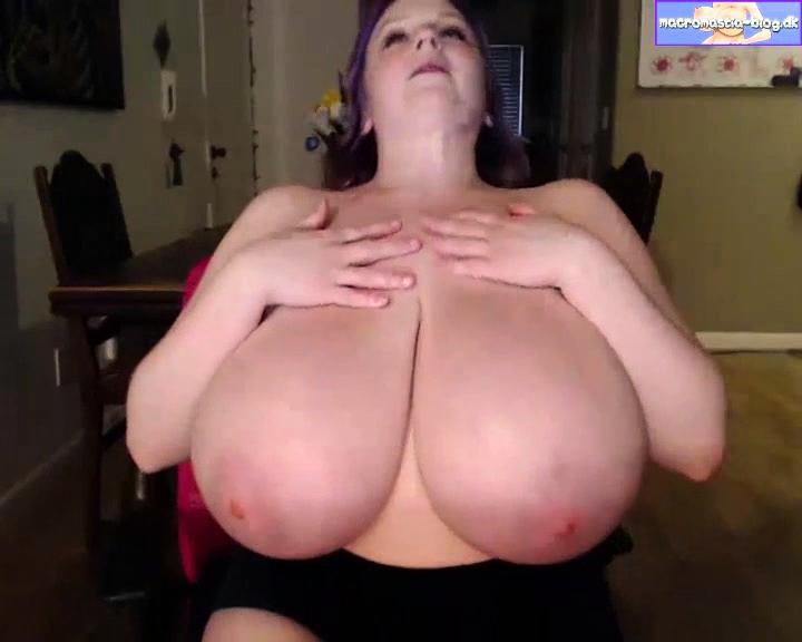 Teen Big Tits Shower Dildo