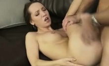 I fuck my girlfriend and I cum on her face